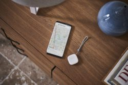 samsung smart things tracker lte gps / Newz.dk