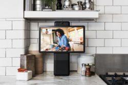 facebook portal smart højtaler skærm videoopkald alexa / Newz.dk