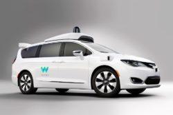 dillemma forskning etik selvkørende biler køre ned waymo google / Newz.dk