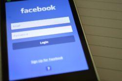 facebook kønsdiskrimination søgefunktion kvindelige venner billeder mandlige / Newz.dk