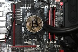 kina forbud kryptovaluta mining bitcoin forurening miljø / Newz.dk