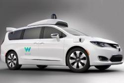 Waymo vil gøre op med eget og Teslas self-driving-begreb / newz.dk